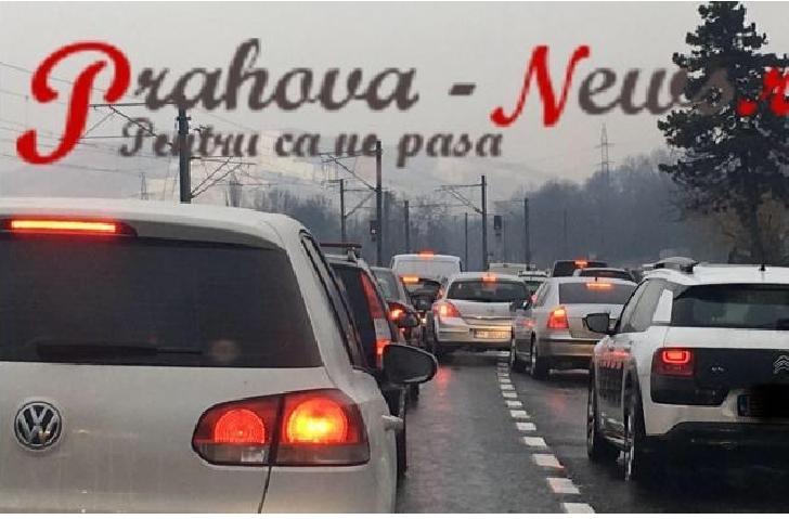 Atentie la drum.Trafic intens, pe DN1, spre munte, in zona statiunilor Comarnic si Busteni