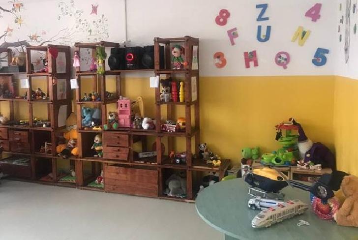 """Primarul municipiului Ploieşti,a vizitat copiii Centrului """"Sfântul Andrei"""" Ploieşti"""