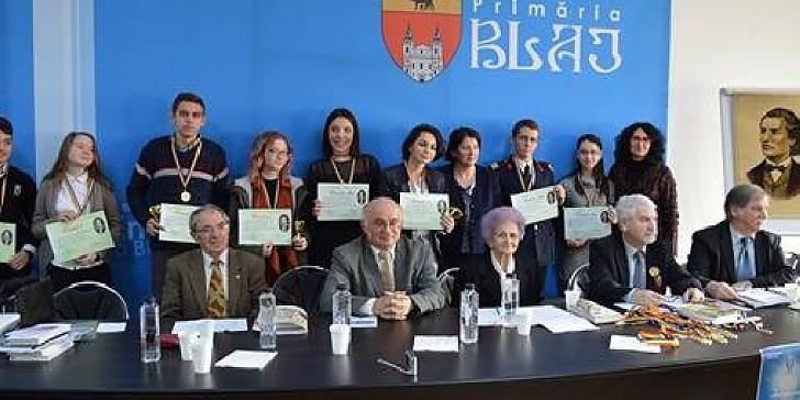 """Castigatorii Concursului Naţional de Poezie """"Ocrotiţi de Eminescu"""