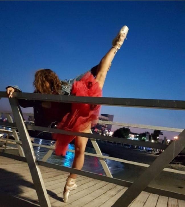 Melania Stroe, în paşi de dans de mic copil