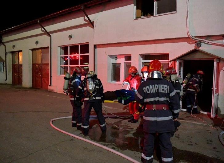 Un amplu exerciţiu de intervenţie pentru stingerea incendiilor a avut loc la staţia de pompare ţiţei Băicoi