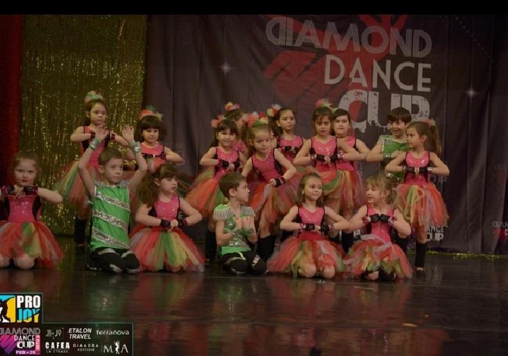 Studio Elite Dance Ploiesti,premii de locul 1 si 2 la Diamond Dance Cup-Bucuresti (editia 2 )
