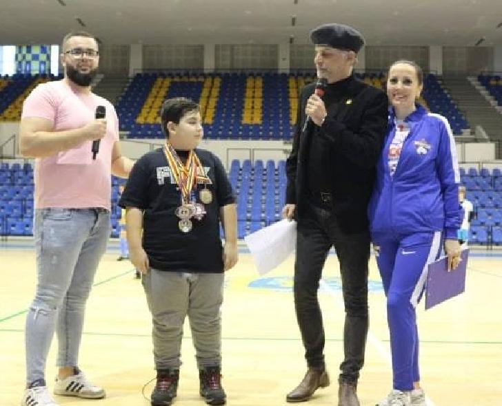 Susţine performanţa în Unifight. ACS DINAMO VICTORIA PLOIEŞTI are nevoie de sponsorizări pentru deplasările de la campionate europene şi balcanice