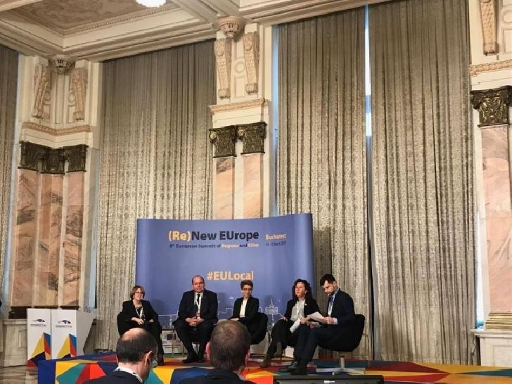 Primarul Ploieştiului,  Adrian Florin Dobre a participat la cel de-al 8-lea Summit european al regiuniunilor