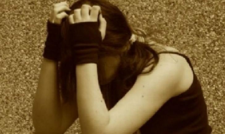 Caz socant la Targoviste. O fetita de 13 ani a fost  violata de tatal adoptiv