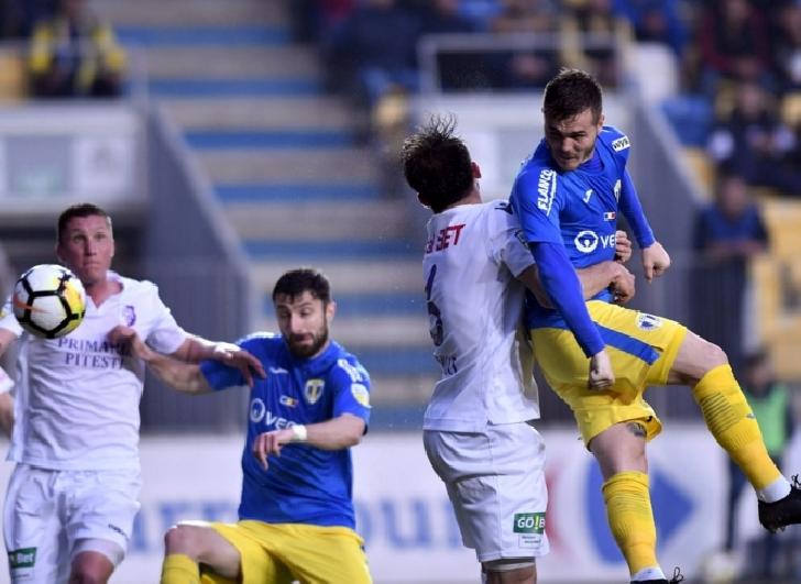 """Lupii au fost """"batuti """" de vulturi. FC Petrolul Ploieşti – FC Argeş Pitesti  1-2"""