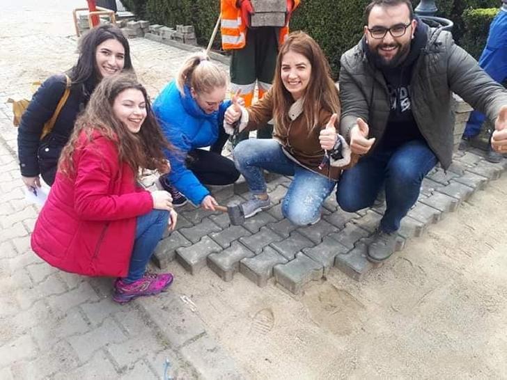 """Proiect Erasmus gazduit de Asociaţia """"Un Strop de Fericire"""" la Ploiesti"""