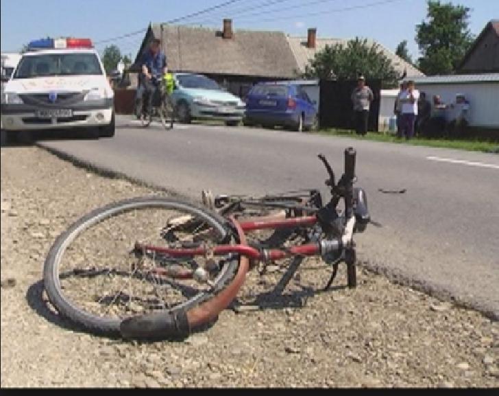 Un copil, în vârstă de cinci ani, a fost lovit de un autoturism, în satul Stejaru