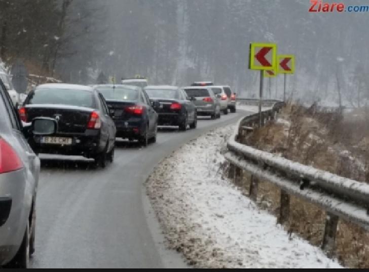 Info trafic. Traficul este intens in zonele montane din judetul Prahova