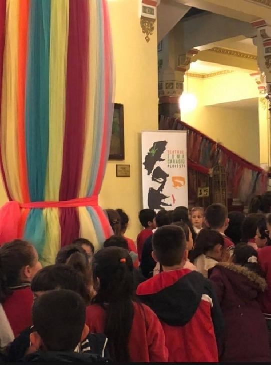 """Spectacolul  """"Dragonul""""  participa la Festivalul Internaţional de Teatru pentru copii Little Ladies, Little Gentelmen"""