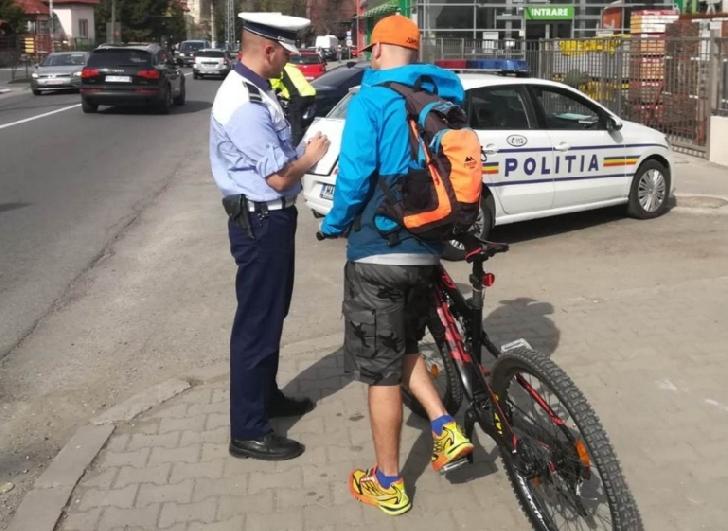 Politistii prahoveni au continuat controalele care-i vizează pe biciclişti