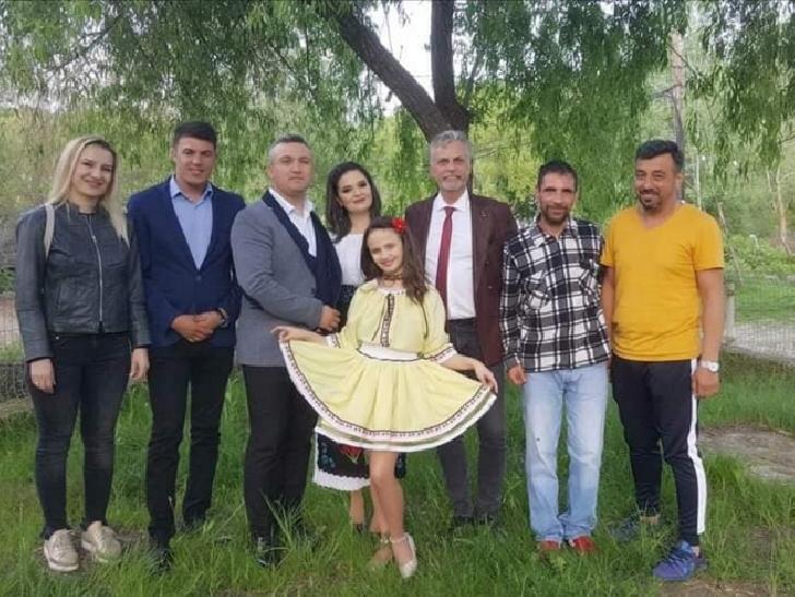 Multe emotii in spectacolul caritabil de la Soimari,pentru o familie cu 8 copii