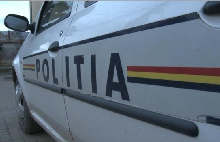 O femeie a fost lovita,de o masina ,in parcarea Kaufland Campina