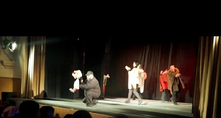 """A început Festivalul Internaţional de Teatru pentru Copii şi Tineret"""" Imaginarium"""", ediţia a 2 a"""