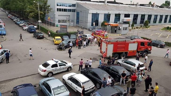 Accident rutier cu o maşină furată, în Bariera Bucureşti