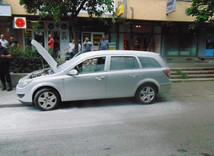 Un autoturism a luat foc  ,vineri seara la Ploiesti