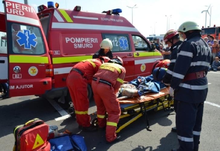 Accident rutier pe raza localităţii Băicoi, după ce unei femei i-a venit rău la volan