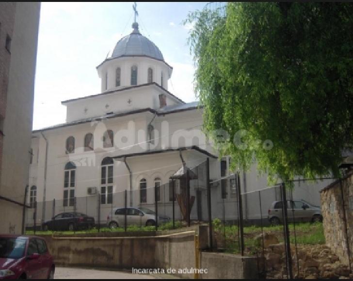 Accident rutier stupid în Ploieşti,la Biserica  Sfântul Vasile
