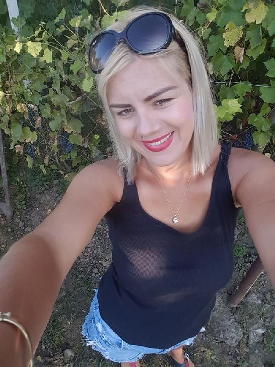 Ioana Cojanu, de la voluntariat la medicină
