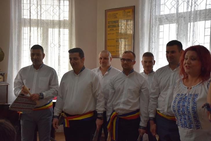 """Corul """"Brâul muntenesc"""" a participat la  Programul Naţional Cantus Mundi,  Proiectul """"Oraşul Cântă"""""""
