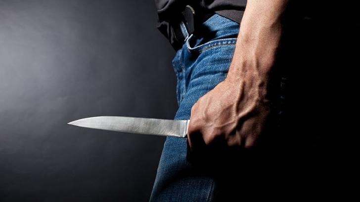 Un bărbat din Comarnic şi-a înjunghiat soţia,apoi s-a spânzurat