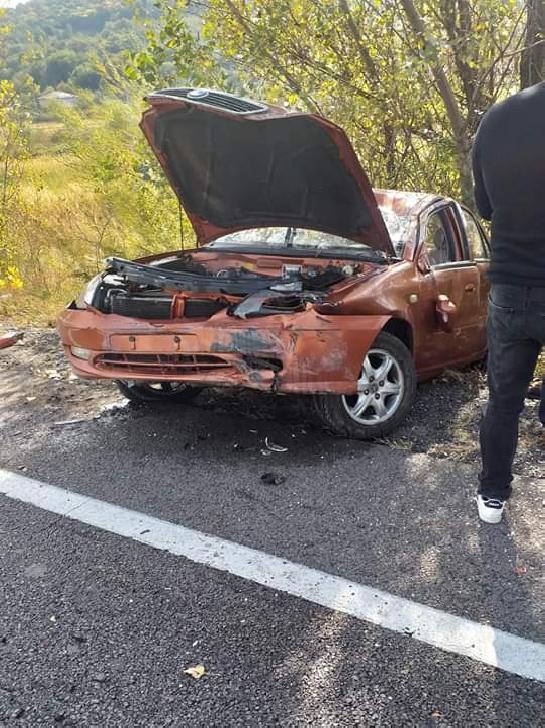 Un autoturism s-a răsturnat la Cornu