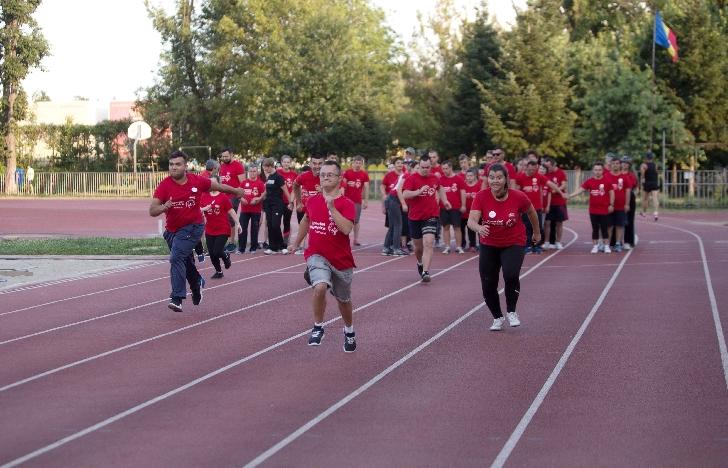 Campionatul Municipal de Atletism Special Olympics aşteaptă 100 de sportivi cu dizabilităţi intelectuale la linia de start