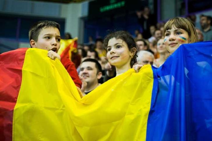Record european. Peste 30.000 de copii şi însoţitori vor fi pe Arena Naţională, la meciul Romania-Norvegia