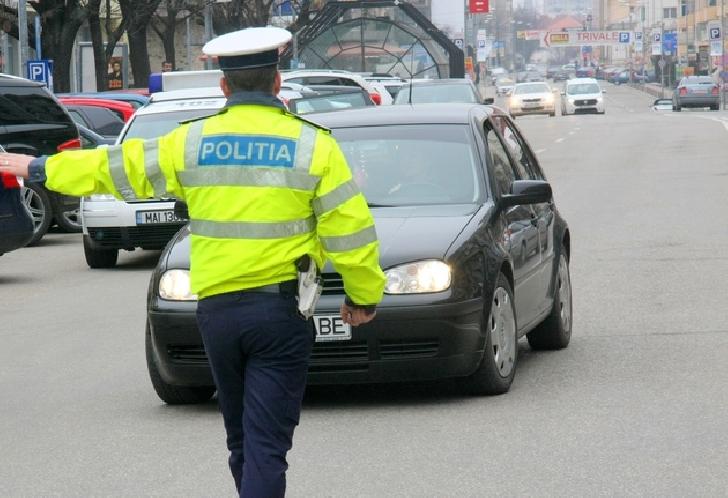 Luni ,poliţiştii Biroului Drumuri Naţionale şi Europene din cadrul Serviciului Rutier au desfăşurat o serie de acţiuni pentru prevenirea şi combaterea accidentelor