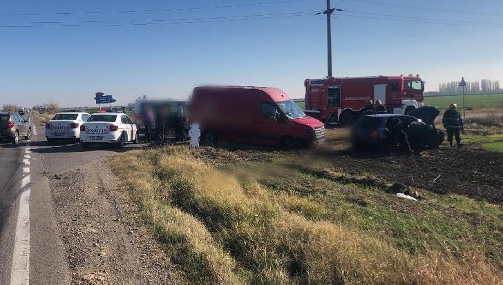 Accident intre un tren si un autoturism pe ruta Urziceni-Ploiesti