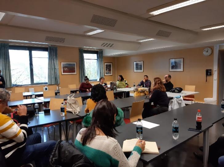 """Stagii de practică la standarde europene pentru elevii Colegiului Economic """"Virgil Madgearu"""" Municipiul Ploiesti"""