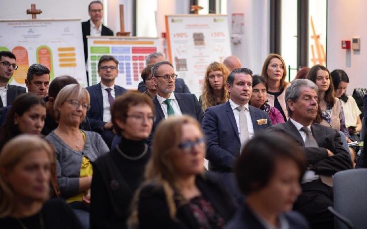 Când business-ul întâlneşte socialul: Iniţiative inovatoare pentru afaceri sociale în România şi Regiunea Dunării