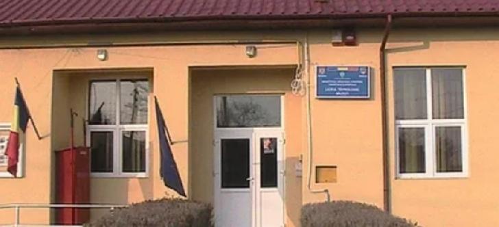 Un elev din Prahova s-a ales cu dosar penal după o glumă proastă