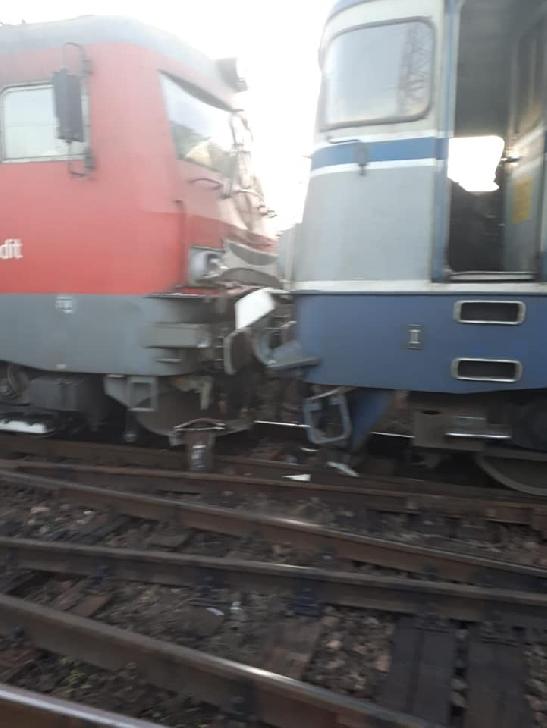 Accident feroviar în Ploieşti Triaj.Au deraiat doua trenuri