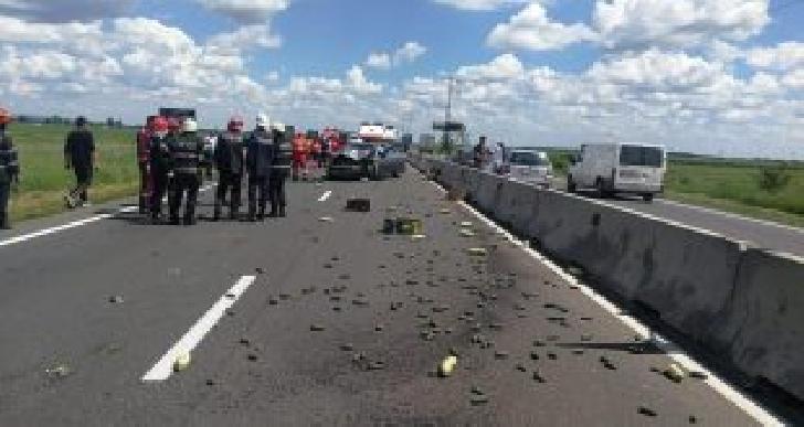 Accident rutier la Lipăneşti, între un TIR şi un autoturism