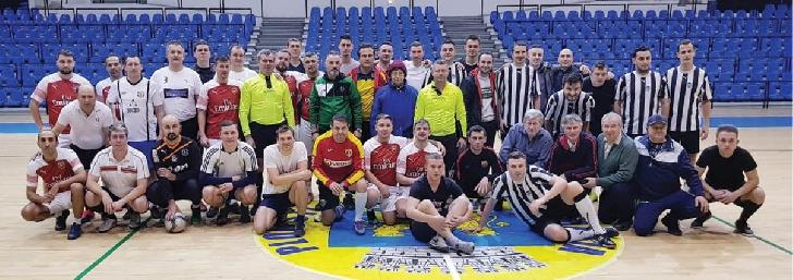 """A doua ediţie a turneului dedicat fostului arbitru prahovean  Paul Roşală, a avut loc duminică seară la Sala """"Olimpia"""""""