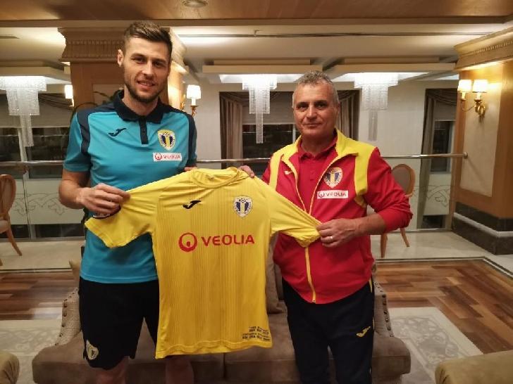 Andrei Rauta si Serge Yvan Malolo Ekollo au devenit lupi galbeni