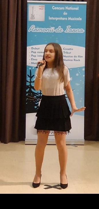 """Luana Petrică, două premii (importante) la Festivalul naţional de interpretare muzicală"""" Armonii de iarnă"""""""