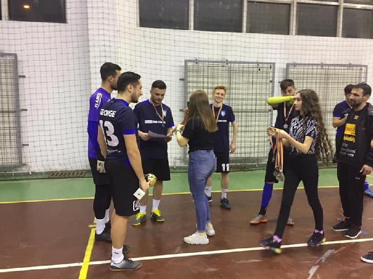 Show fotbalistic şi de dans pentru micutul Calin Adrian