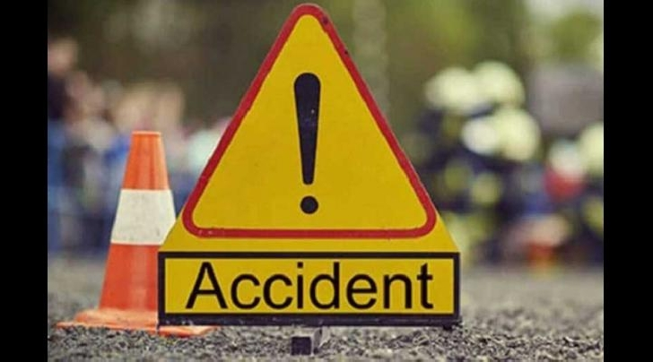 Accident rutier în comuna Berceni. Un autoturism a intrat într-un cap de pod