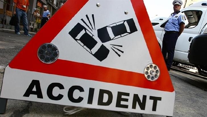 Accident rutier la Sinaia. Un autoturism a acroşat un branşament de gaze