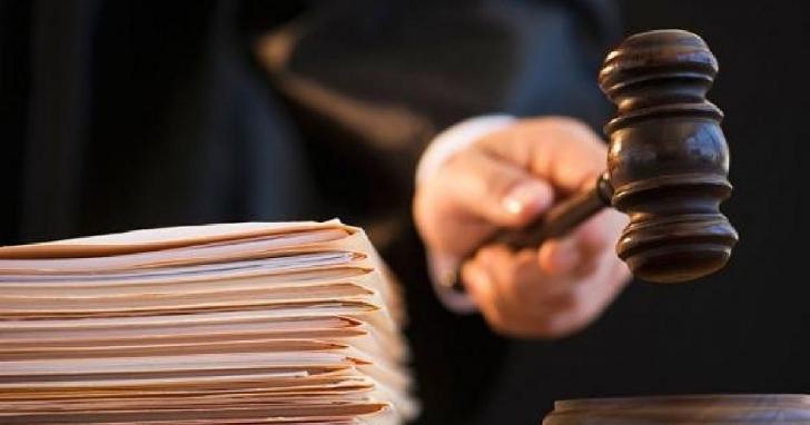 Bărbat trimis în judecată pentru înşelăciune şi fals în înscrisuri sub semnătură privată