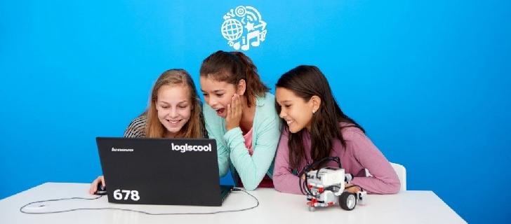 Cursurile de programare pentru copii Logiscool se mută online, până la reluarea activităţii