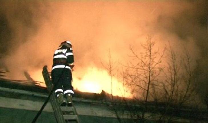 Incendiu pe strada Al. Odobescu din Ploieşti
