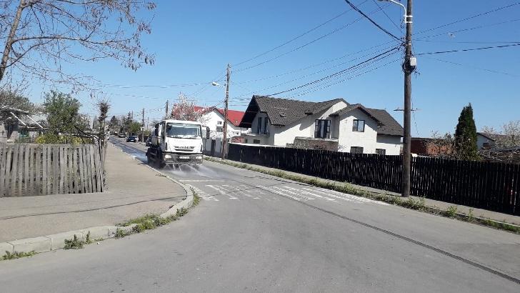 Primaria  Municipiului Ploieşti continua  acţiunile  de dezinfectare pe străzile din municipiu