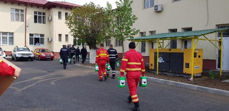 Ecomaster Servicii Ecologice a donat pompierilor  prahoveni produse constand in masti chirurgicale, masti de protecţie, gel igienizant pentru mâini şi dezinfectant pentru suprafeţe