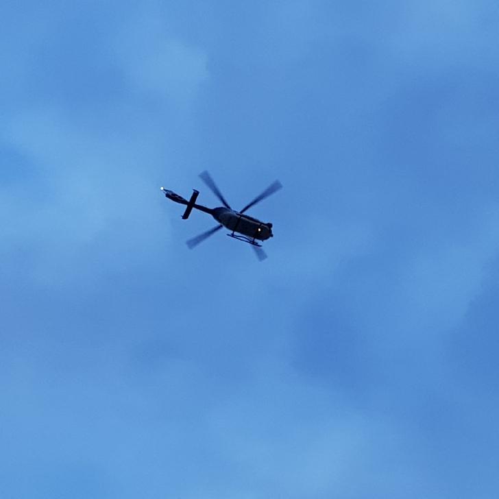 Razie de amploare în cartierul ploieştean Mimiu. Elicopterele MAI au sulvolat zona, luni seară (foto si video)