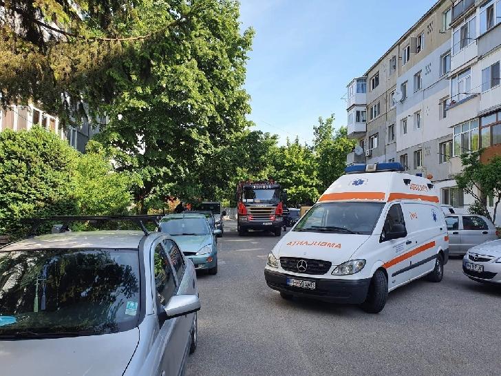 Incendiu la un apartament din Urlaţi. Un bărbat a decedat