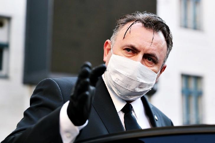 Covid 19 ( Coronavirus).Unde este obligatoriu sa purtam masca de protectie