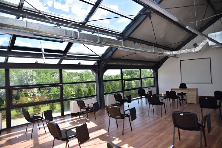 """In cadrul ,,Grădinii Botanice Bucov"""" a fost deschisa o sera  complexă, cu un spaţiu destinat plantelor exotice"""